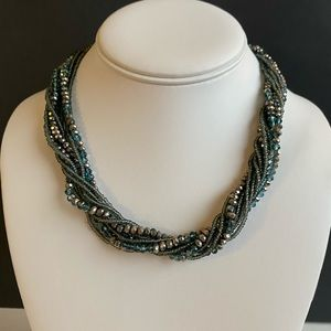 Premier Designs Blue beaded necklace